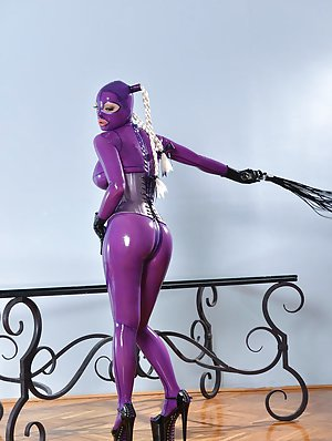 Latex Pussy Pictures