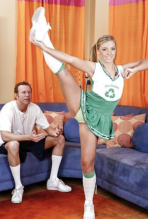 Cheerleader Pussy Pictures